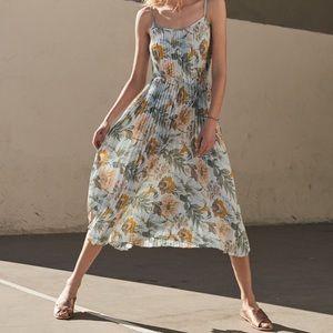Vince. || Marine Garden Pleated Dress